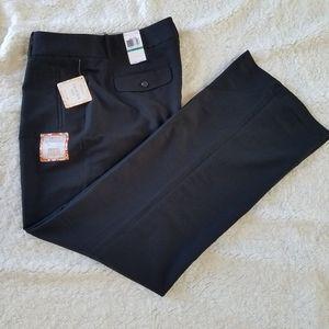 NWT Black Dockers Truly Slimming Trouser Leg Pants
